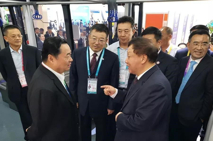 Leaders of the SASAC and Sinomach visited TAM booth